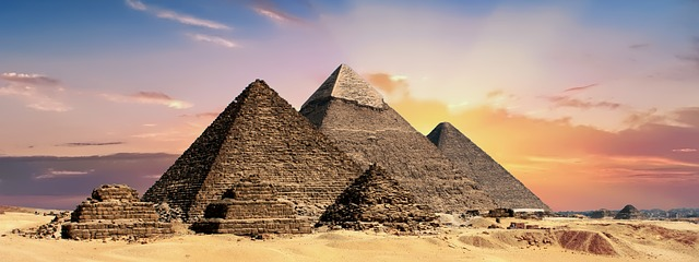 pyramidy egypt