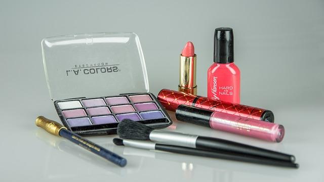 šminky pro ženy
