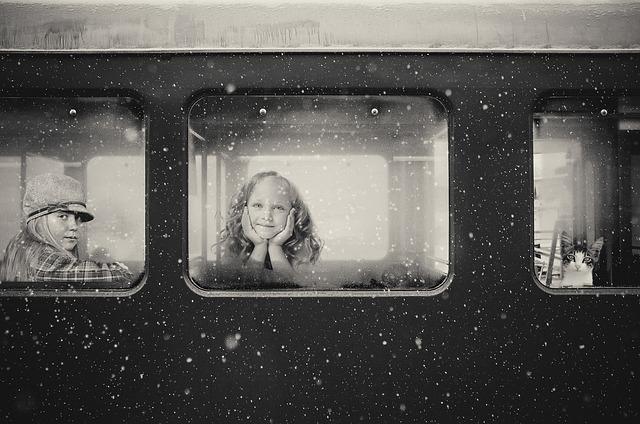 Vlak, děti, cestování